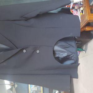 Black cutaway