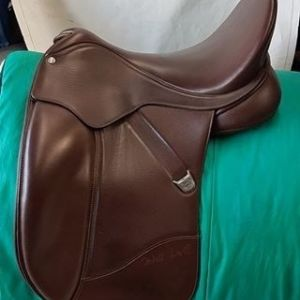 """Bates Isabell 17"""" Classic Brown Imacculate Cair/Easy Change"""