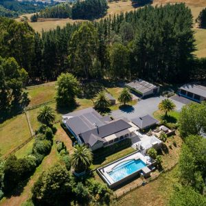 Property for sale: A MUST FOR EQUESTRIAN ENTHUSIASTS